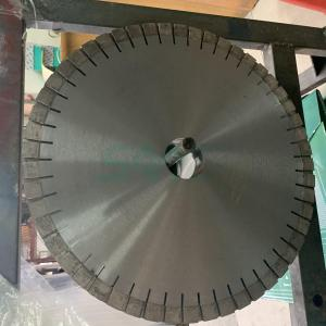 Diamond cutting disc for granite